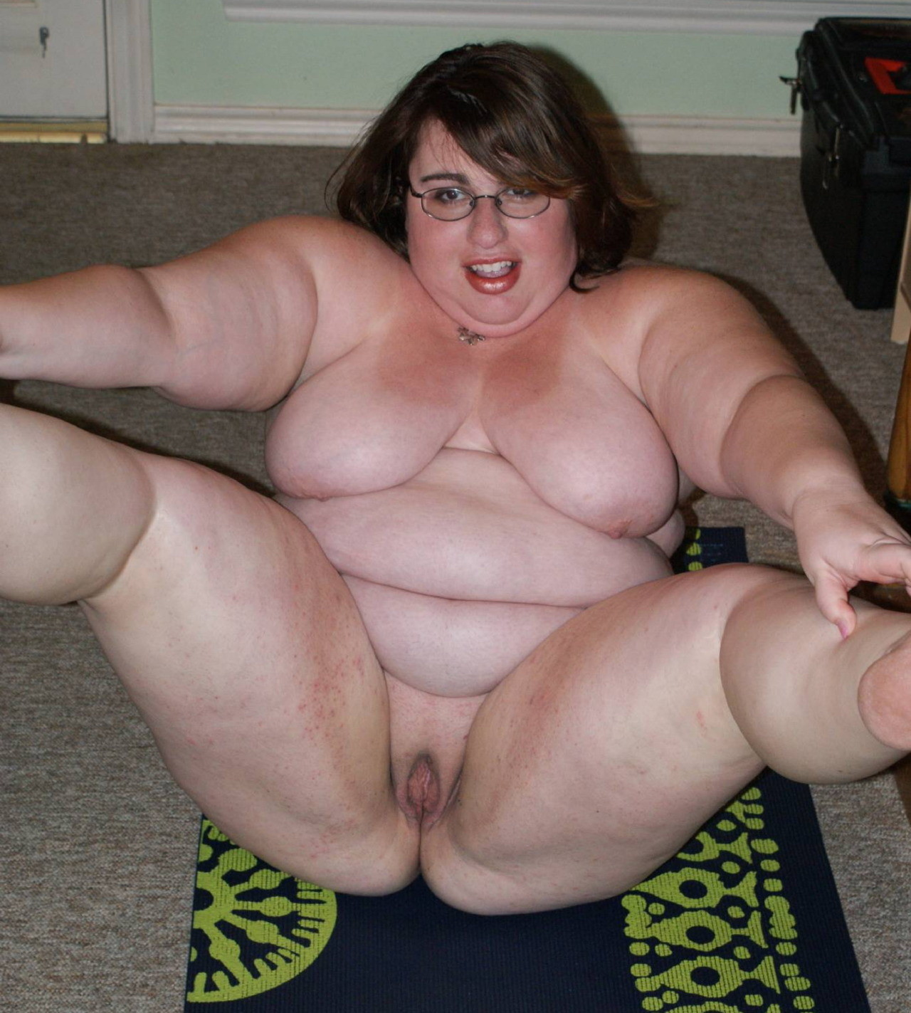 Too many fat chicks online dating