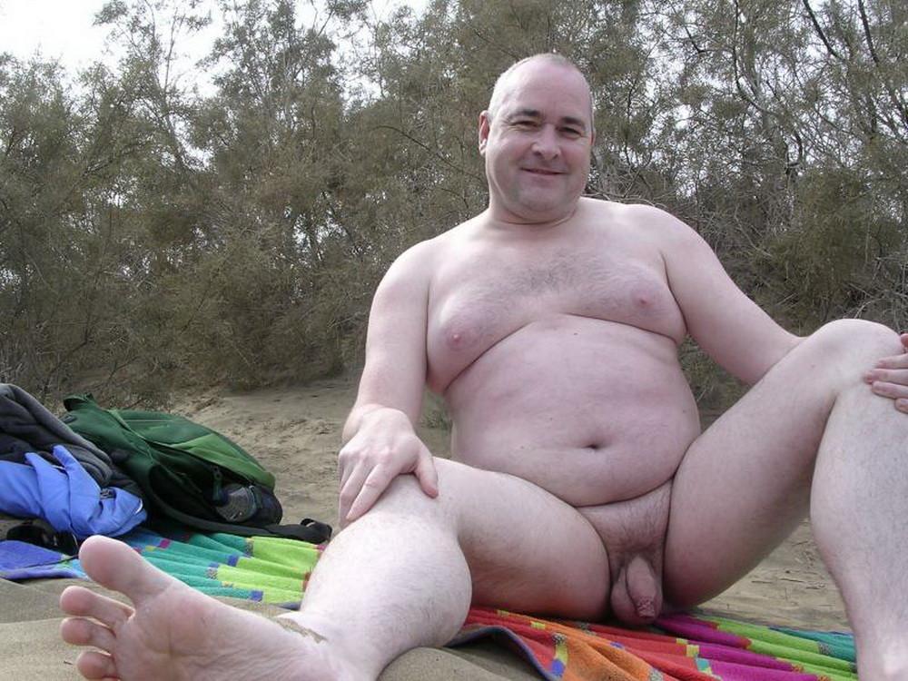 туристу, попавшему ищу зрелых толстых мужчин некоторые особо ревностные