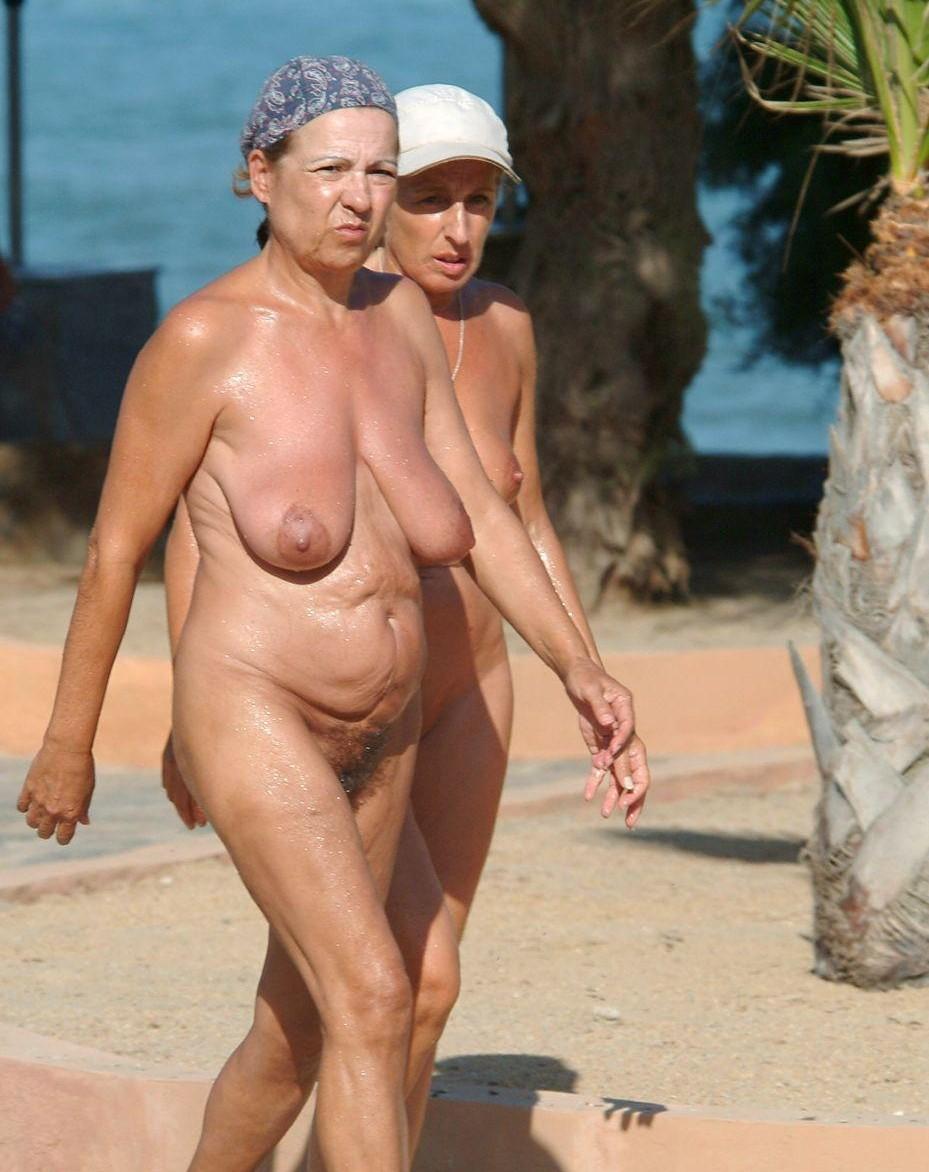 foto-pozhilih-nudistok