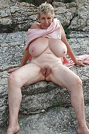 granny-big-boobs005.jpg