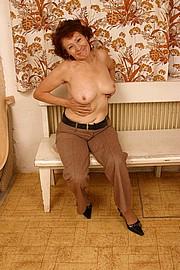 granny-amateur004.JPG
