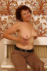 granny-amateur005.JPG