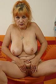 booby-granny016.jpg