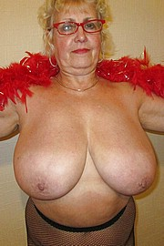 granny-big-boobs098.jpg