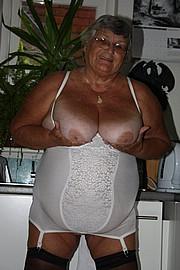 grandma_libby196.jpg