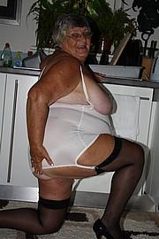 grandma_libby257.jpg