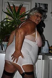 grandma_libby260.jpg