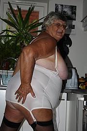 grandma_libby262.jpg