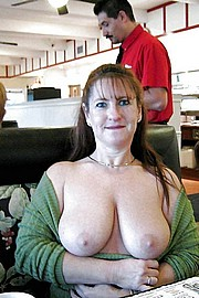 granny-big-boobs110.jpg