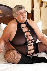 granny-big-boobs107.jpg