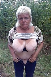 granny-big-boobs007.jpg