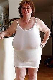 granny-big-boobs126.jpg