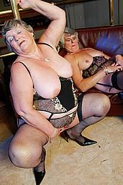 scene3-grannies-gg-070.jpg
