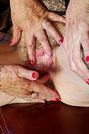 scene3-grannies-gg-080.jpg