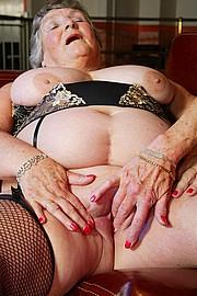 scene3-grannies-gg-087.jpg