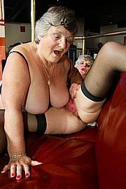 scene3-grannies-gg-098.jpg
