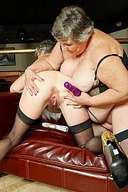 scene3-grannies-gg-121.jpg