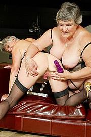 scene3-grannies-gg-125.jpg