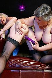 scene3-grannies-gg-140.jpg