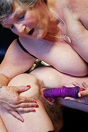 scene3-grannies-gg-141.jpg