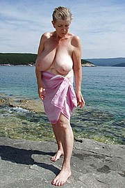 granny-big-boobs038.jpg