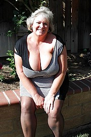 granny-big-boobs140.jpg