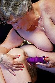 scene3-grannies-gg-142.jpg