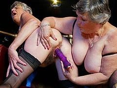 old-british-lesbians002.jpg