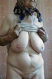 granny-big-boobs166.jpg