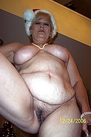 granny-big-boobs154.jpg