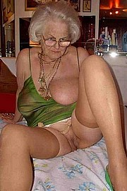 granny-big-boobs177.jpg
