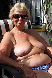 granny-big-boobs187.jpg