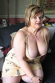 granny-big-boobs171.jpg