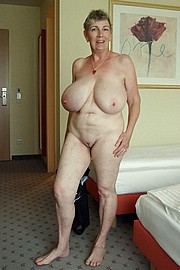 granny-big-boobs227.jpg