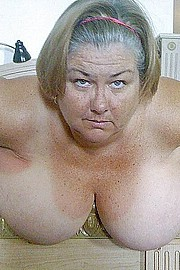 granny-big-boobs230.jpg