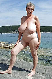 granny-big-boobs064.jpg