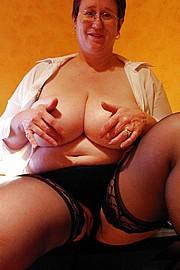 granny-big-boobs215.jpg