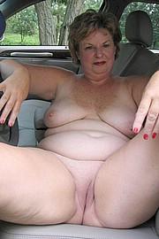 granny-big-boobs216.jpg