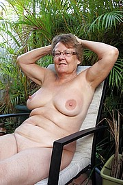 granny-big-boobs035.jpg