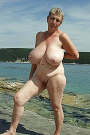 granny-big-boobs082.jpg