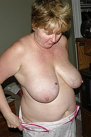 granny-big-boobs231.jpg