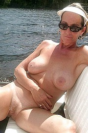 granny-big-boobs243.jpg