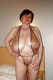 granny-big-boobs272.jpg