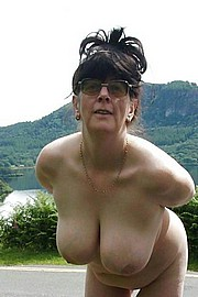 granny-big-boobs279.jpg
