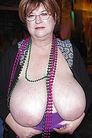granny-big-boobs295.jpg