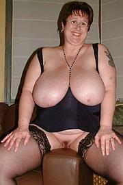 granny-big-boobs300.jpg