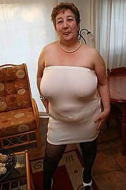 granny-big-boobs310.jpg