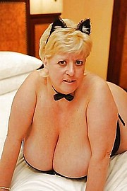 granny-big-boobs312.jpg