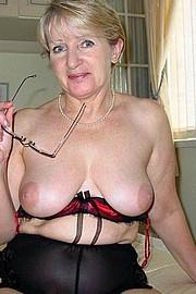granny-big-boobs329.jpg