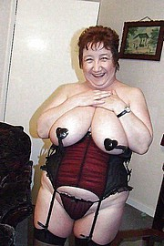 granny-big-boobs336.jpg